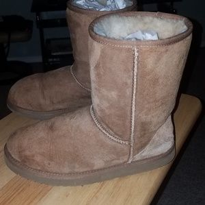 UGG Shoes - UGG Women's Classic Short Boots-Camel